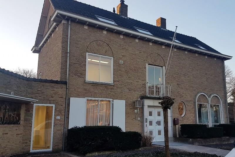 De tandartsenpraktijk aan de Helvoirtseweg 183A te Vught
